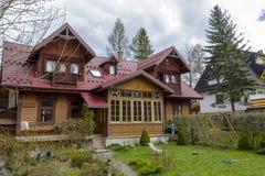 Hecho del chalet de madera Zbyszko en Zakopane Foto de archivo libre de regalías
