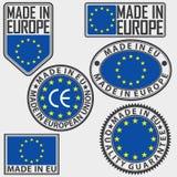 Hecho en sistema de etiqueta de Europa con la bandera, hecha en sistema de la muestra de la UE, vector Fotos de archivo