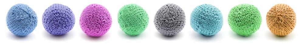 hecho punto alrededor de bola que hace juegos malabares Imagen de archivo
