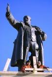 Hecho saltar una estatua de Lenin en la estación de Finlandia Foto de archivo