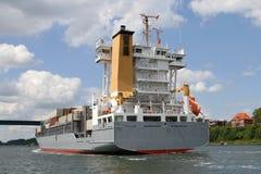 Heck eines Containerschiffs Stockbilder
