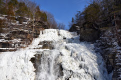Hector Falls congelado cerca de Watkins Glen New York Imagen de archivo