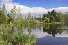 Hed sjö nära Oberbuchen arkivfoton