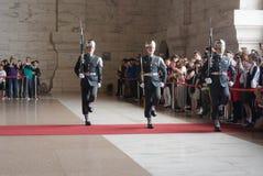 Hedersvakt i Chiang Kai-shek Memorial Hall royaltyfria foton