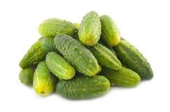 Is heel wat komkommers op een witte achtergrond Royalty-vrije Stock Fotografie