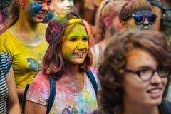 Heel wat tienerjaren bij holi fest Royalty-vrije Stock Afbeelding