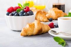 Heerlijk continentaal ontbijt royalty-vrije stock fotografie