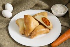 Heerlijk en gezond gebakje met het plantaardige vullen Royalty-vrije Stock Afbeeldingen