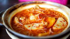 Heerlijk en Kruidig Lokaal Tom Yam royalty-vrije stock foto's