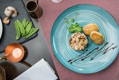 Heerlijk gastronomisch restaurantvoedsel stock afbeelding