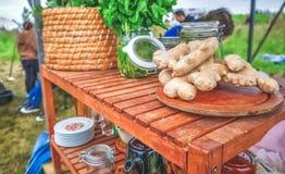Heerlijk gezond organisch duurzaam voedsel royalty-vrije stock afbeeldingen