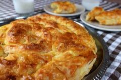 Heerlijk traditioneel eigengemaakt banicaontbijt stock fotografie