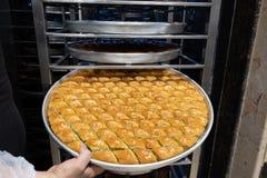 Heerlijk Turks snoepje, baklava met groene pistachenoten stock foto