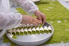 Heerlijk Turks snoepje, baklava met groene pistachenoten royalty-vrije stock foto