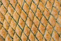 Heerlijk Turks snoepje, baklava met groene pistachenoten royalty-vrije stock afbeeldingen