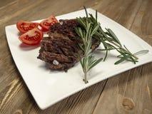 Heerlijk vers heet lapje vlees stock fotografie