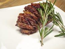 Heerlijk vers heet lapje vlees stock afbeelding