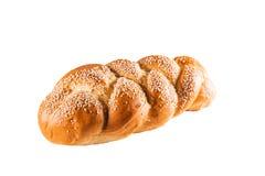 Heerlijke baguette met sesam op wit isoleert Verse gebakjes als achtergrond, bakkerij, koffieconcept royalty-vrije stock afbeeldingen