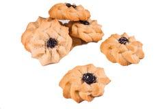 Heerlijke eigengemaakte koekjes op wit geïsoleerde achtergrond, close-up stock foto