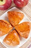 Heerlijke eigengemaakte pastei met appelen Stock Fotografie