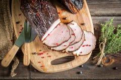 Heerlijke gerookte eigengemaakte gekookte ham stock foto