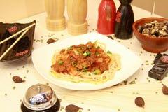 Heerlijke maaltijd door Chinese chef-kok Royalty-vrije Stock Afbeelding