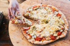 Heerlijke pizza Royalty-vrije Stock Afbeeldingen