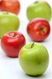 Heerlijke rode en groene appelen Stock Afbeelding