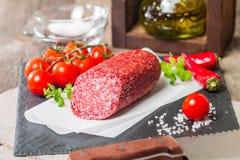Heerlijke salami Stock Foto's