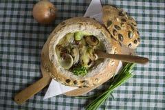 Heerlijke soepen Heerlijke soepen, Eigengemaakte, uitstekende klassieke gastronomie stock afbeelding