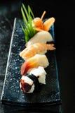 Heerlijke sushibroodjes stock afbeeldingen