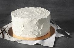 Heerlijke vanillecake met slagroom Stock Fotografie
