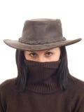 Heet bandietenmeisje in hoed en met verborgen gezicht Royalty-vrije Stock Foto