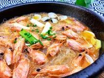 heet en zuur vermicellitweekleppig schelpdier chinafoods stock foto's