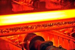 Heet staal op transportband royalty-vrije stock afbeelding