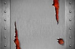 Heftige Metallrüstung über rostigem grunge Hintergrund Stockfotografie