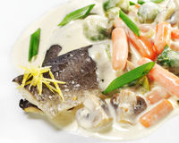 Heiße Fischgerichte - Forelle-Verkleidung stockbild
