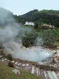 Heiße Quellen bei den Azoren Stockfotografie