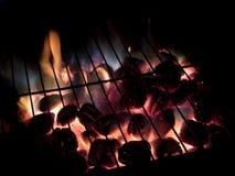 Heiße Kohlen, lange Berührung Stockbilder