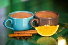 Heiße Schokolade mit Zimt Lizenzfreies Stockfoto