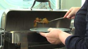 Heiße Starter im Restaurant des Fünf-Sternehotels in Kranevo, Bulgarien stock footage