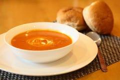 Heiße Tomate-Suppe Lizenzfreie Stockfotos