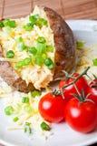 Heiße und knusperige gebackene Kartoffel Lizenzfreies Stockfoto