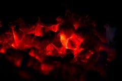 Heißer charcol Burning lizenzfreie stockfotos