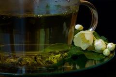 Heißer grüner Tee mit Jasmin Lizenzfreie Stockfotografie