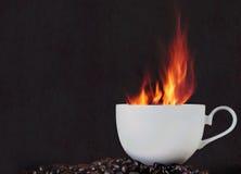 Heißer Kaffee des Feuers Stockfotos