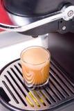 Heißer Kaffeeschuß Stockfotografie