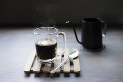 Heißer schwarzer Kaffee, Nahaufnahme lizenzfreies stockfoto