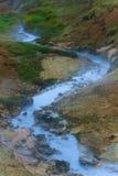 Heißer Strom am geothermischen Bereich in Island Stockfotografie