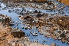 Heißer Strom am geothermischen Bereich in Island Stockfotos